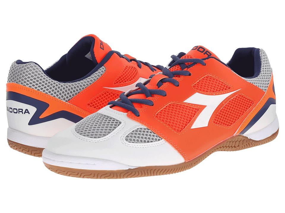 Diadora - Quinto V ID (White/Fluo Red) Men's Soccer Shoes