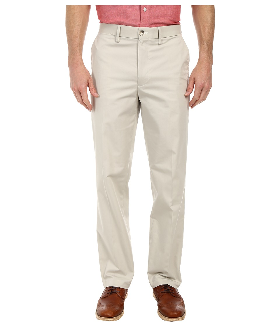 Dockers - Signature On the Go Khaki Pants (Porcelain Khaki) Men's Casual Pants
