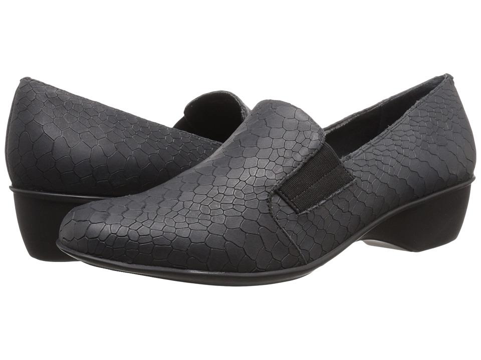 Walking Cradles - Teri (Black Baby Matte Croc) Women's Slip on  Shoes