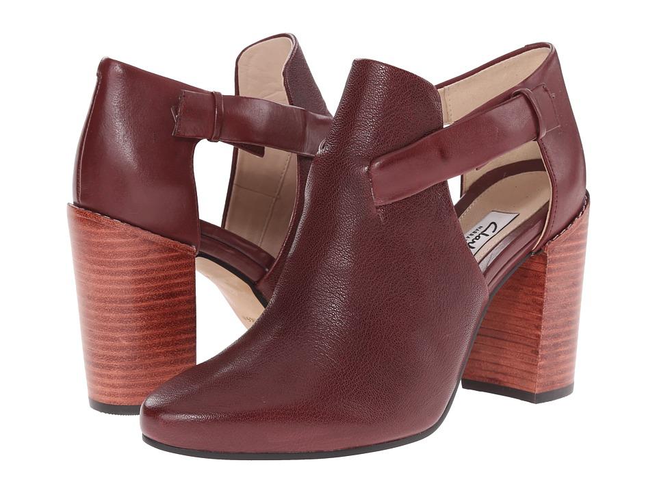 Clarks - Crumble Sugar (Wine Interest Leather) Women