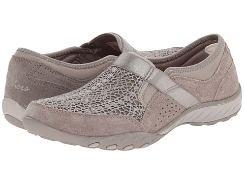 SKECHERS - Breathe-Easy - Our Song (Taupe) Women's Slip on Shoes