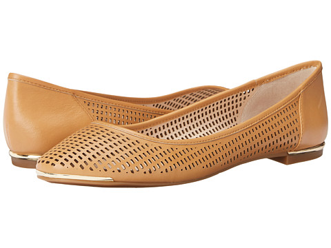 Vince Camuto - Caya (Buff) Women's Flat Shoes