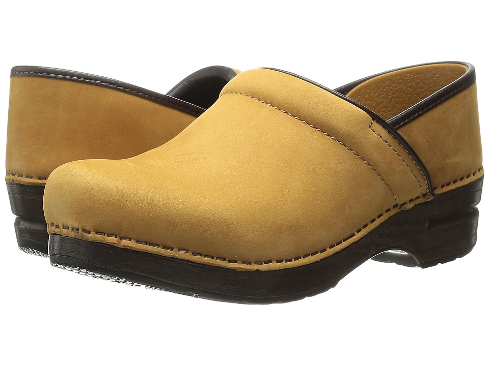 Dansko - Professional (Wheat Nubuck) Clog Shoes