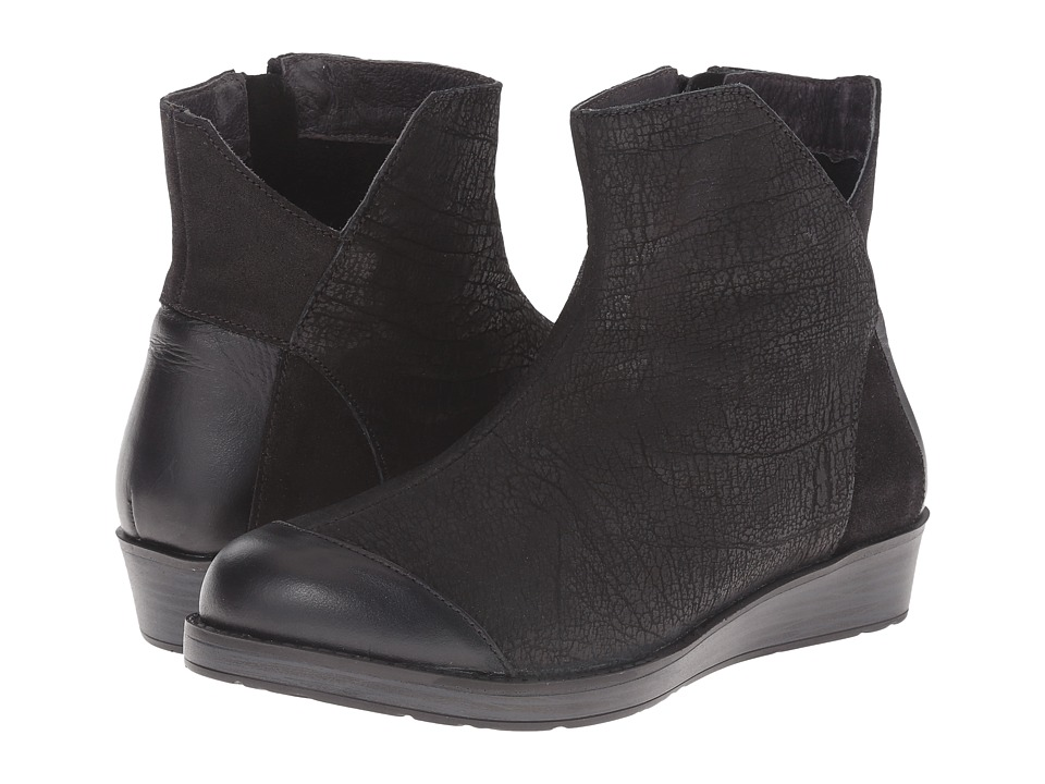 Naot Footwear - Loyal (Black Crackle Leather/Shiny Black Leather) Women