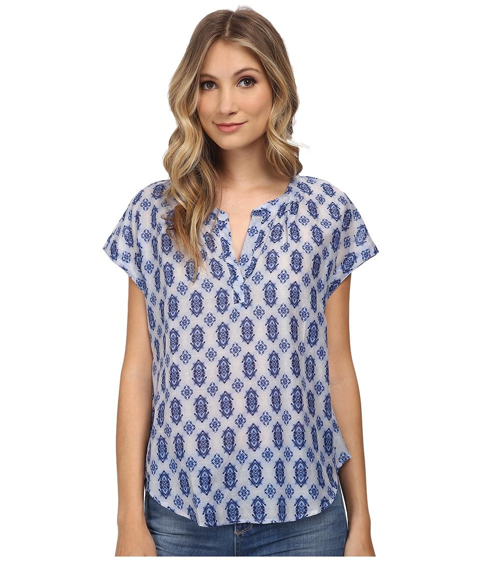 Velvet by Graham & Spencer - Peach Short Sleeve Top (Blue) Women