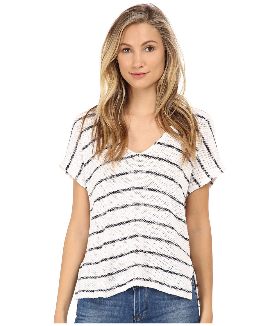Velvet by Graham & Spencer - Ivo Short Sleeve Top (White) Women's Short Sleeve Pullover