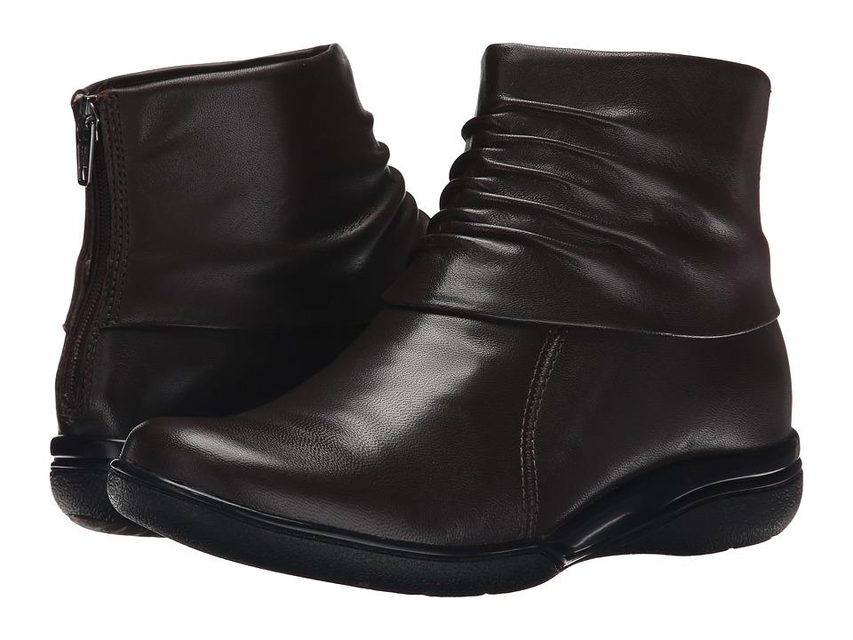Clarks - Kearns Awe (Brown Leather) Women