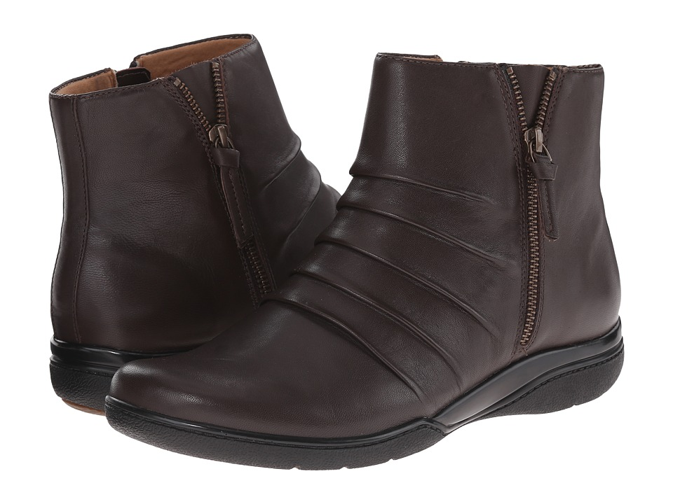 Clarks - Kearns Blush (Brown Leather) Women's Zip Boots