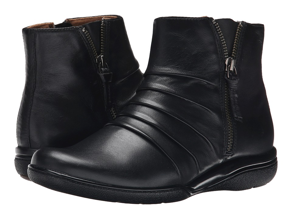 Clarks Kearns Blush (Black Leather) Women