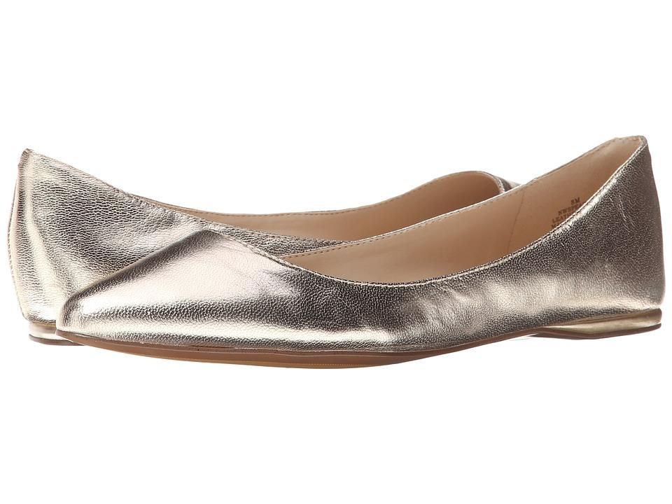 Nine West - SpeakUp (Light Gold Metallic 1) Women's Dress Flat Shoes