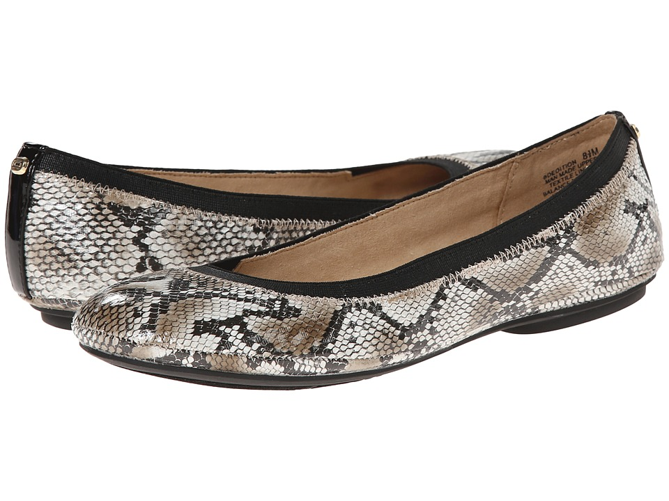 Bandolino - Edition (Snake) Women's Flat Shoes