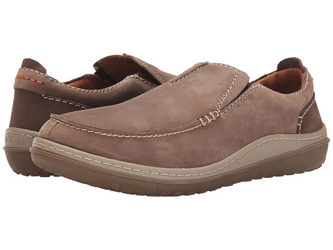 Clarks - Gait Easy (Wolf Nubuck) Men's Shoes