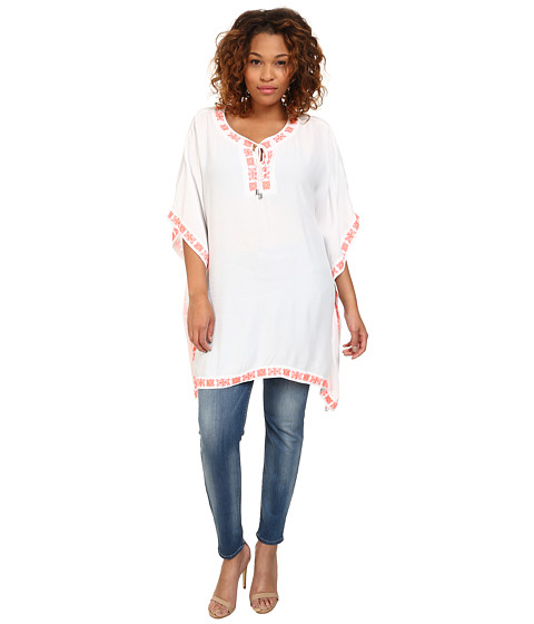 Vince Camuto Plus - Plus Size Tropical Rain Front Lace Poncho w/ Embroidery (Ultra White) Women