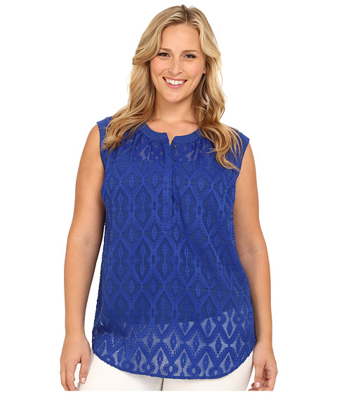 Vince Camuto Plus - Plus Size Moroccan Mirage Sleeveless Ikat Clipped Jacquard Blouse (Mazarine) Women