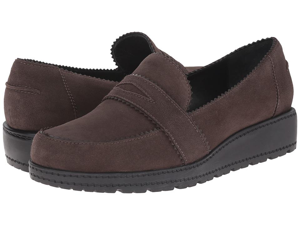 Stuart Weitzman - Schooldays (Londra Suede) Women's Slip on Shoes