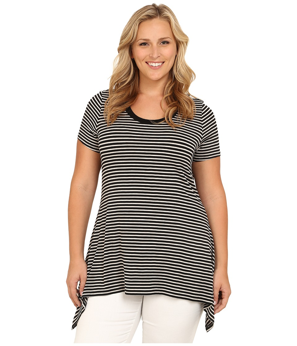 Vince Camuto Plus - Plus Size Moroccan Mirage Short Sleeve Casbah Stripe Shark Bite Top (Rich Black) Women's Short Sleeve Pullover