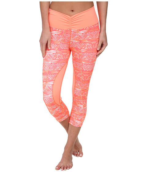 Pink Lotus - Blurry Tribal Capris (Orange/White) Women