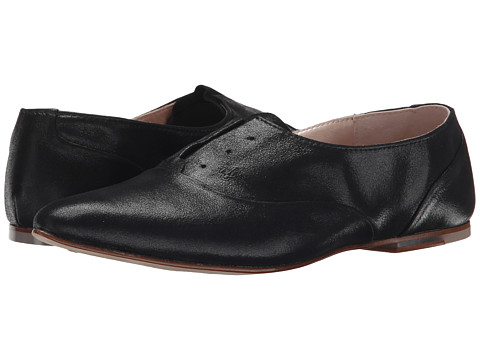 Bloch - Leona (Black) Women's Plain Toe Shoes