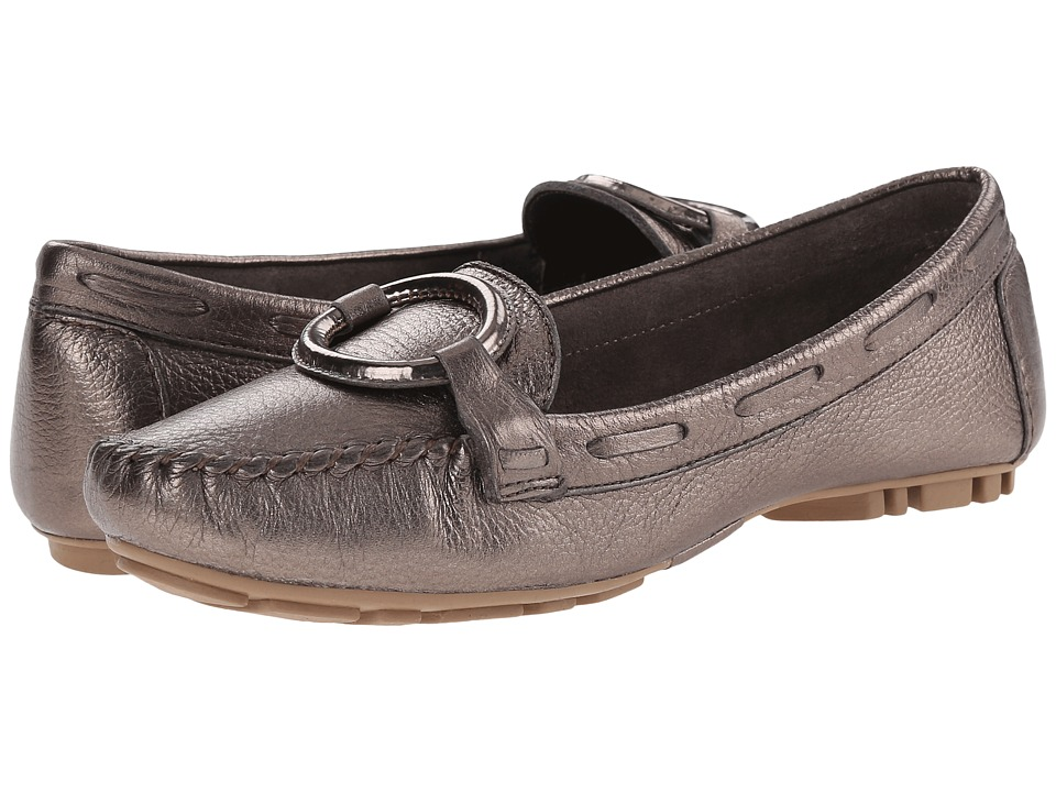 Image of Bernardo - Matrix Moc (Pewter) Women's Moccasin Shoes