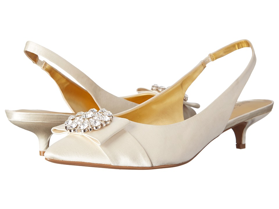 Nine West - Axyel (Ivory Satin) Women