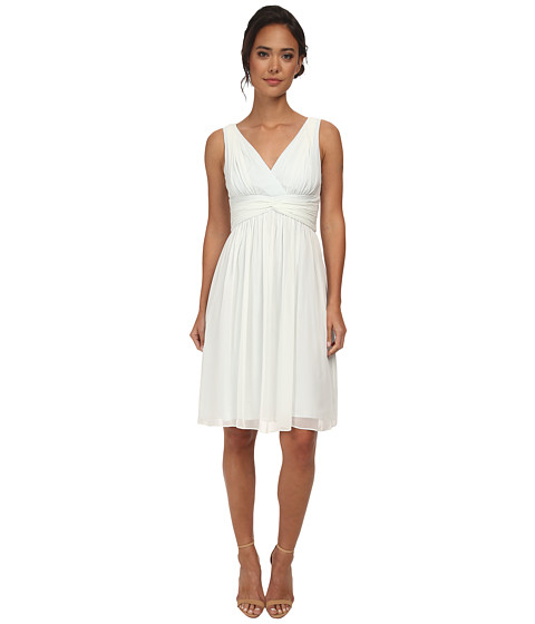 Donna Morgan - Jessie Short Bra Friendly Chiffon Dress (Hint of Mint) Women