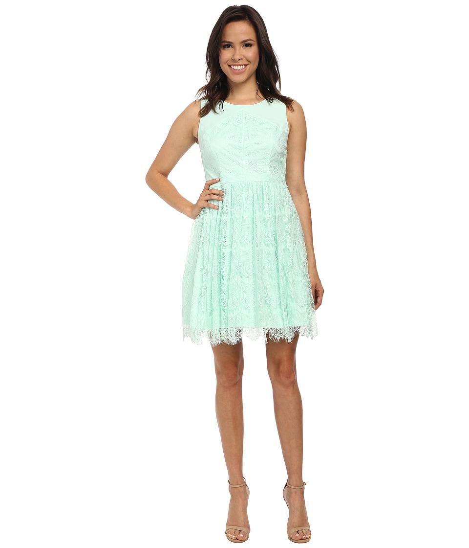 Jessica Simpson Sleeveless Lace Dress (Mint) Women
