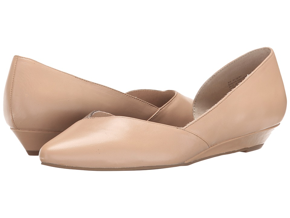 Seychelles - Advantage (Nude/Rose Gold) Women's Slip on Shoes