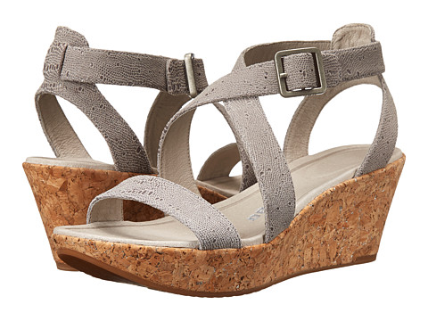 Tsubo - Olivette (Ice Ray 1) Women's Sandals