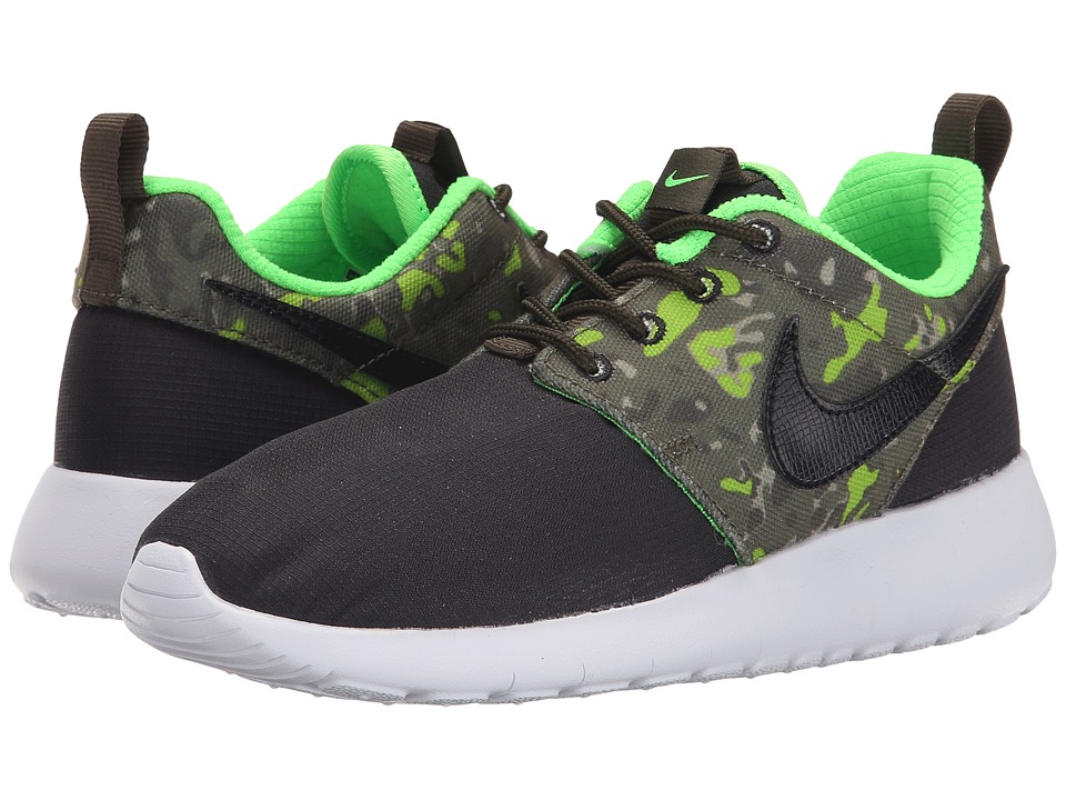 Nike Kids - Roshe Run One Print (Big Kid) (Black/Cargo Khaki/Green Strike/Black) Boys Shoes