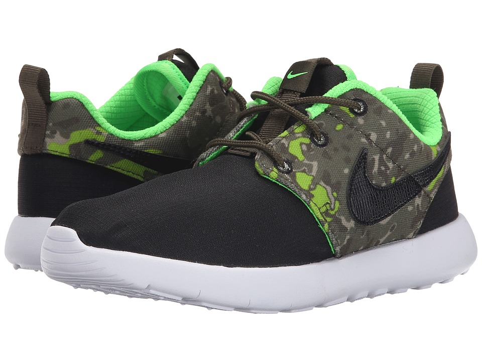 Nike Kids - Roshe One Print (Little Kid) (Black/Cargo Khaki/Green Strike/Black) Boys Shoes
