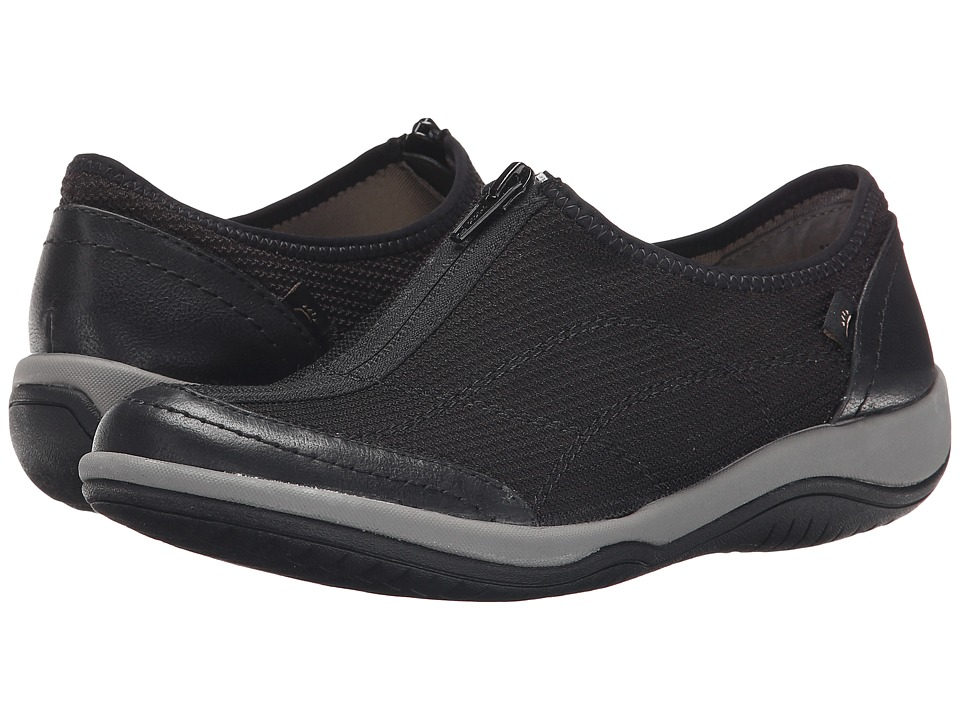 Bare Traps - Janel (Black) Women's Shoes