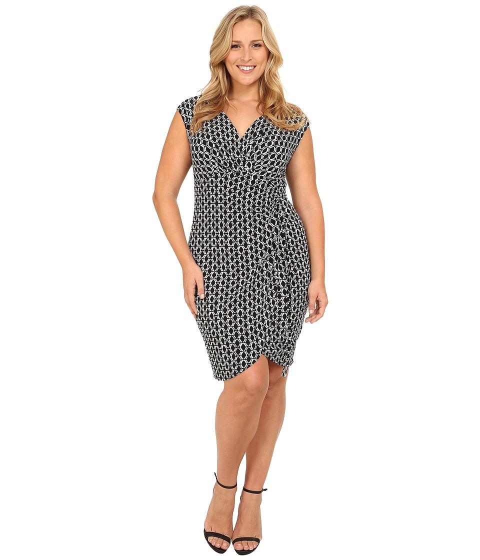 London Times - Plus Size Cap Sleeve Printed Side Ruche Dress (Black/White) Women's Dress