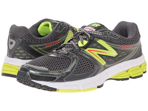New Balance - W680GG2 (Grey/Green) Women's Shoes