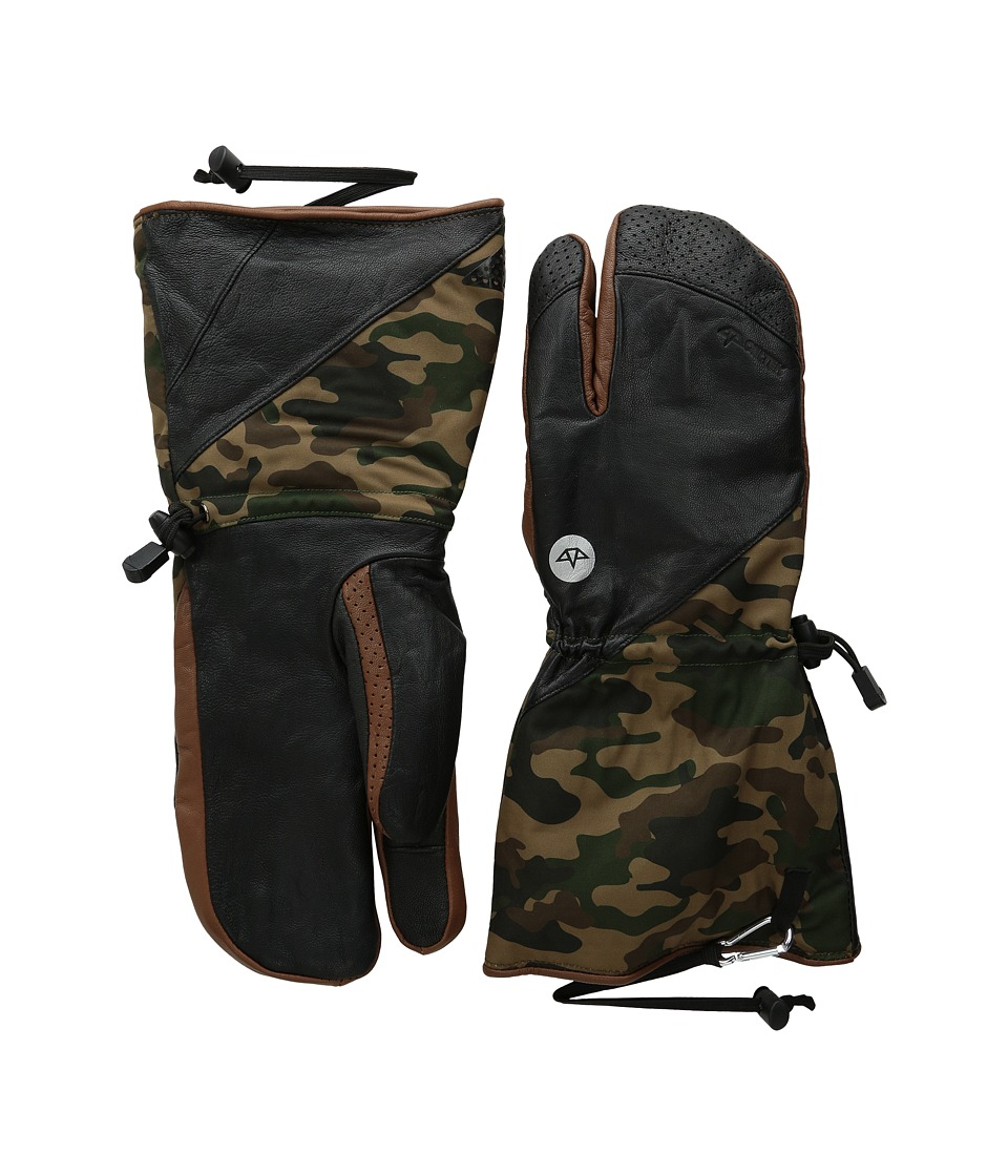 Celtek - Guide Trigger (Woodland Camo) Over-Mits Gloves