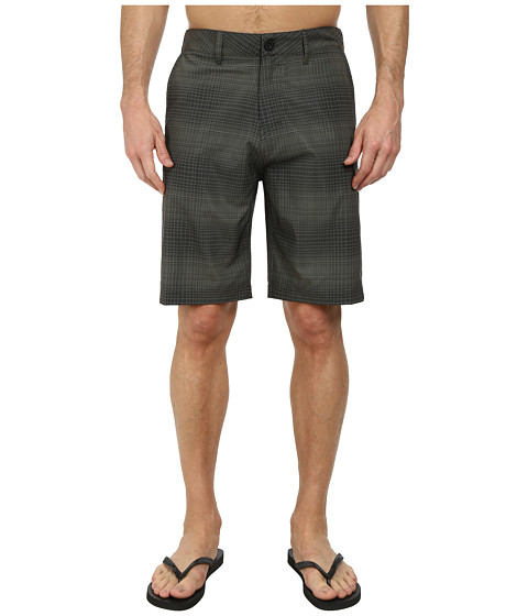Quiksilver - Everyday Plaid Amphibian 21 Walk Shorts (Forest Night) Men