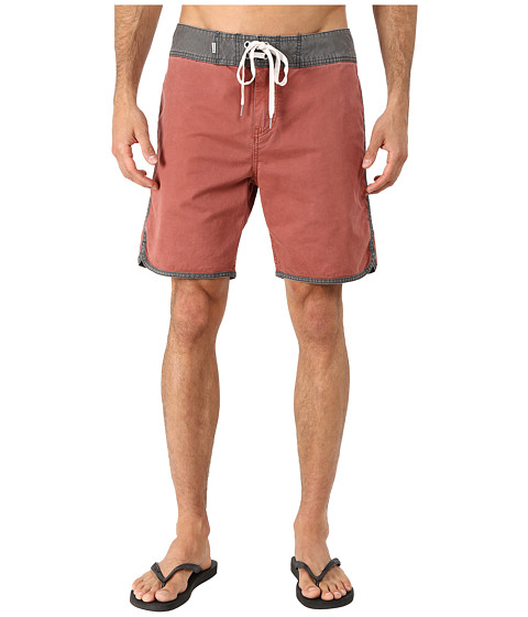 Quiksilver - Street Trunks Scallop Walk Shorts (Henna) Men