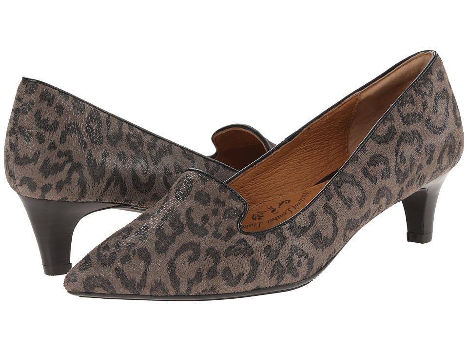 Sofft Vesper (Grey Leopard Hair Foil Suede) Women