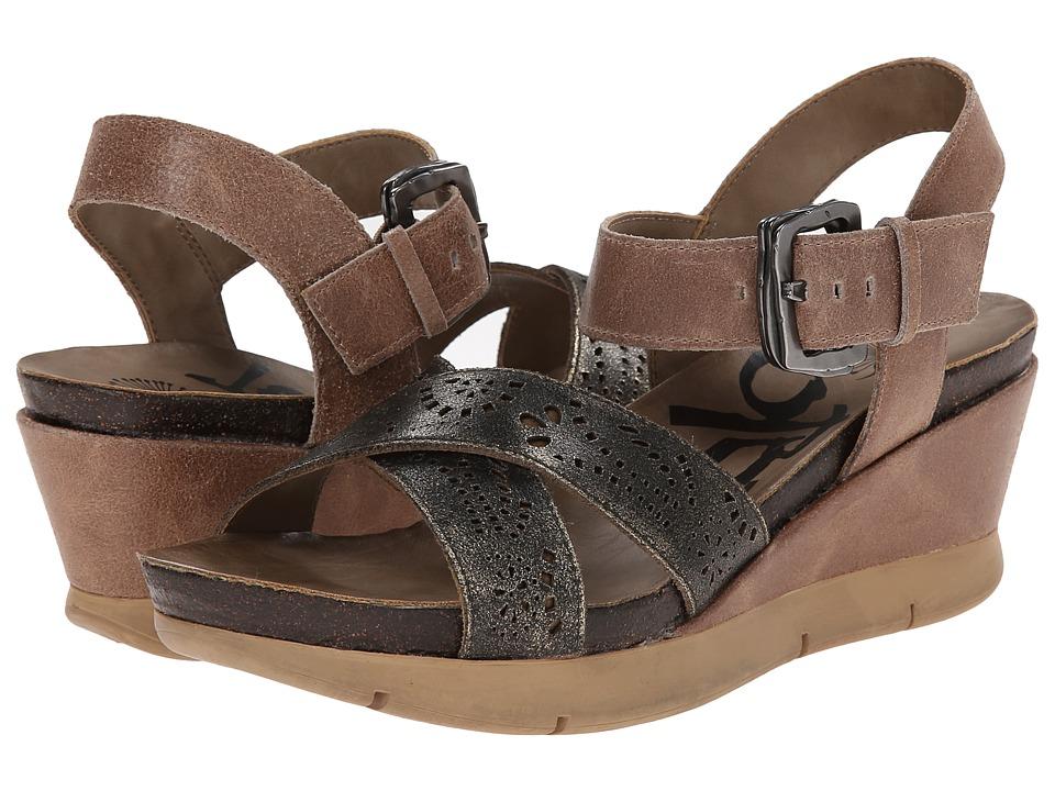 OTBT - Gearhart (Desert Gold) Women's Wedge Shoes