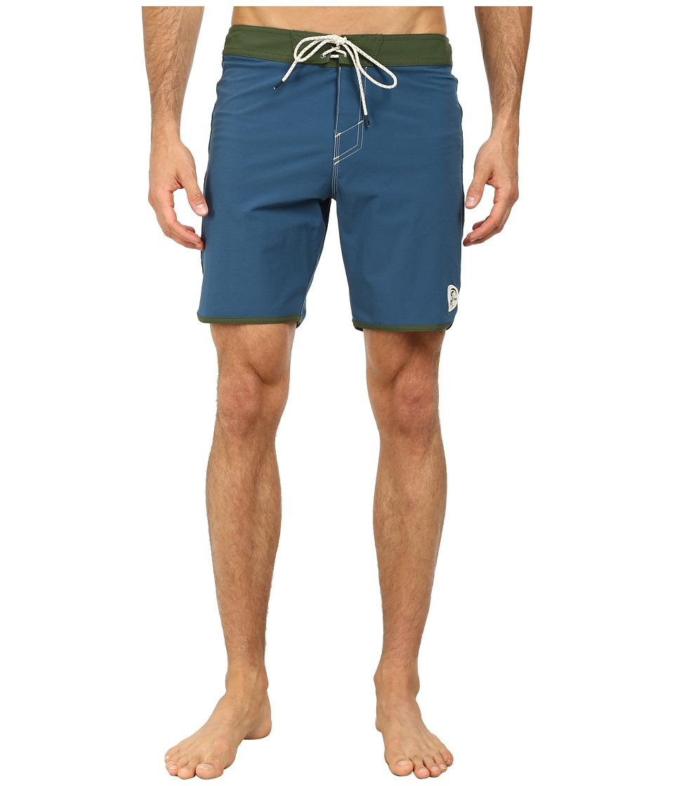 O'Neill - Santa Cruz Original Scallop Boardshorts (Indigo) Men's Swimwear