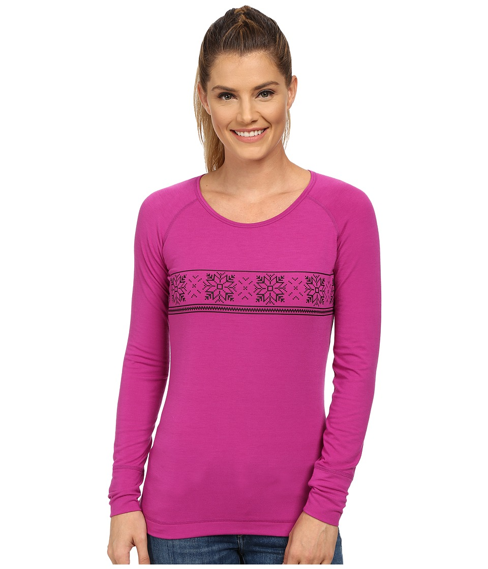 Hot Chillys - MTF Cabin Fever Print Scoop Neck Top (Candy Plum/Black) Women's Short Sleeve Pullover