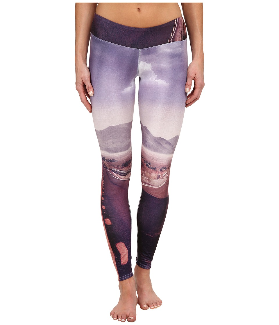 Hot Chillys - MTF Sublimated Print Tight (Route 66) Women's Outerwear