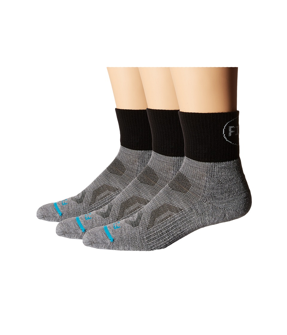 Fits - Pro Trail Performance Quarter 3-Pack (Light Grey) Quarter Length Socks Shoes