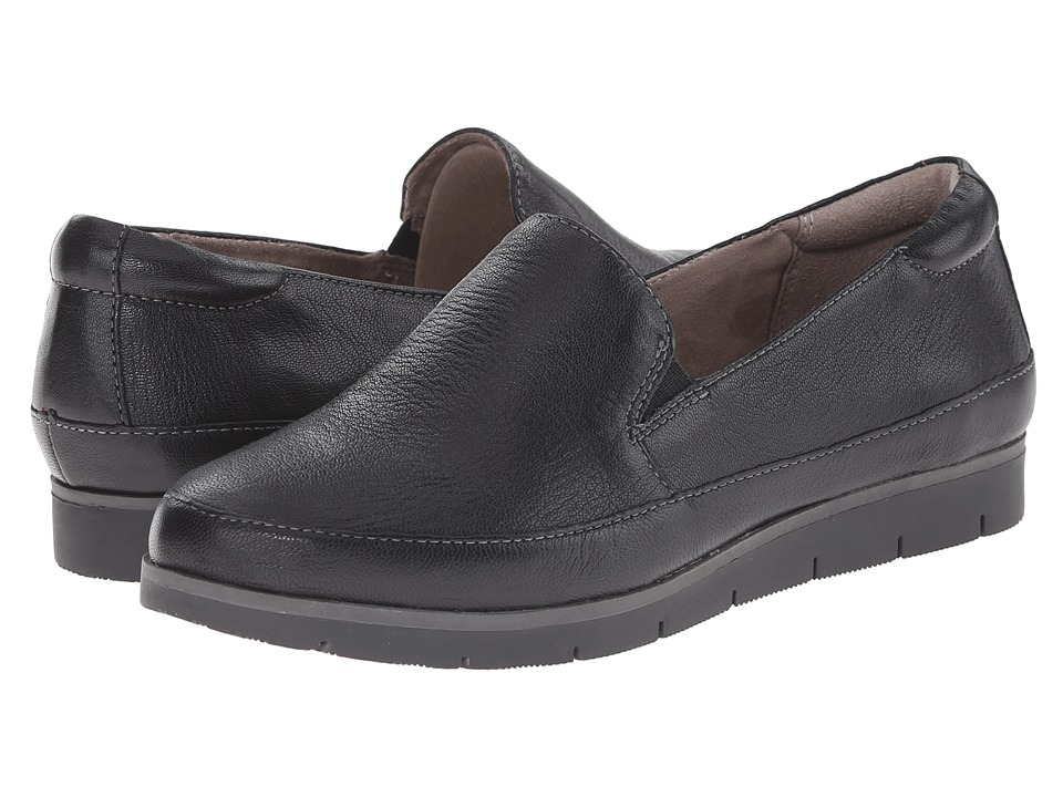 Naturalizer - Intrigue (Black Leather) Women's Flat Shoes