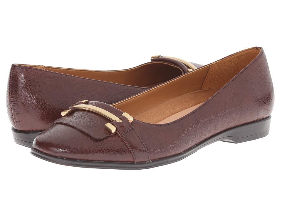 Naturalizer - Joyce (Bridal Brown Leather) Women's Flat Shoes