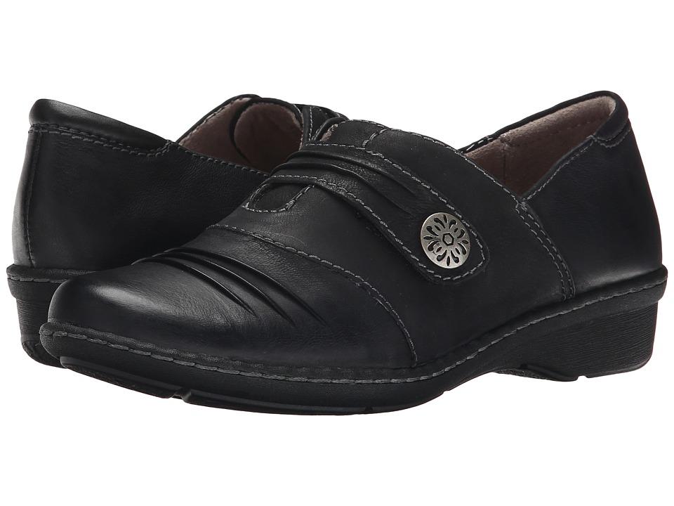 Naturalizer - Response (Black Leather) Women's Slip on Shoes