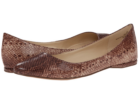 Nine West - SpeakUp (Light Natural Synthetic) Women's Dress Flat Shoes