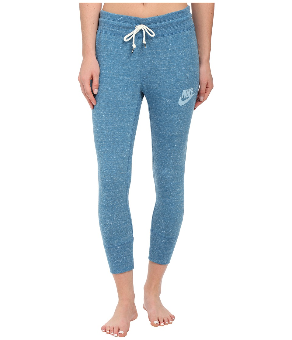 Nike - Gym Vintage Capris (Stratus Blue/Sail) Women's Casual Pants