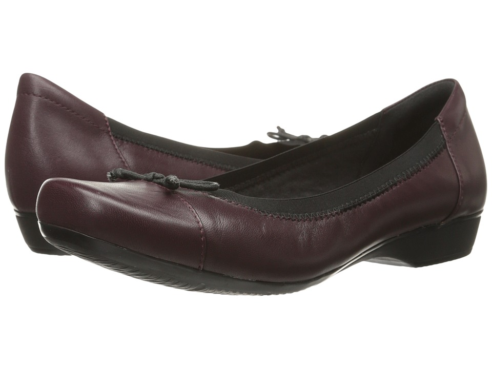 Clarks - Blanche Nora (Burgundy) Women's Shoes