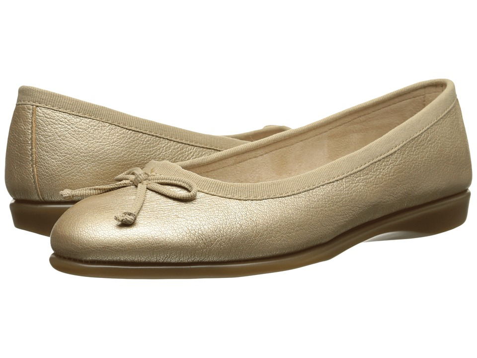 Aerosoles - Teashop (Champagne Leather) Women's Slip on Shoes