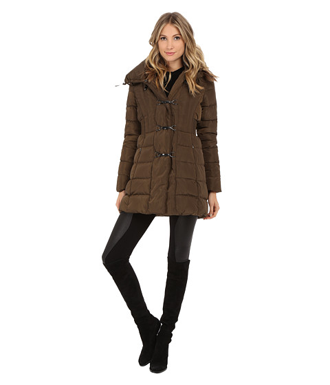 Jessica Simpson - Long Clip Toggle Down Coat with Bib and Knit Collar (Military) Women
